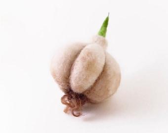 Needle Felted Ornament - Garlic