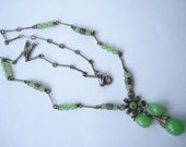 Art Deco Silver Tone Necklace Green Beads 1920's 1930's