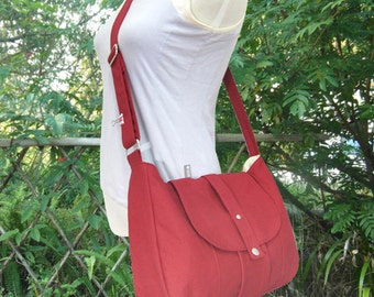 red cotton canvas bag / messenger bag / shoulder bag / purse / everyday bag / diaper bag / cross body bag - 6 pockets