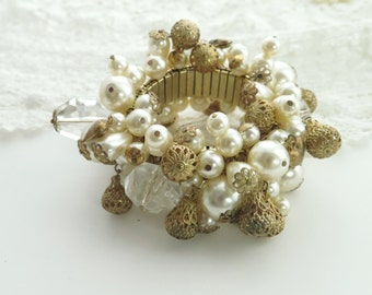 Vintage Cha-Cha Bracelet Costume Jewelry Gold Tone Expandable Metal Band