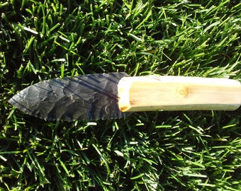 Flintknapped obsidian knife w/maple handle.  Native inspired.