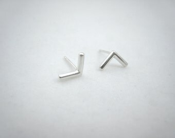 tiny feather fletching stud earrings, arrow, sterling silver