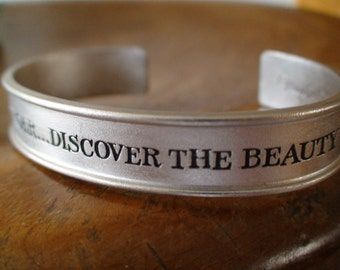 Bracelet, Cuff, Engraved, Look Listen Linger Discover the Beauty in Nature, Inspirational Jewelry Marjolein Bastin, New Stock