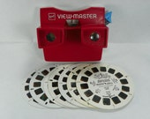 1970s GAF View Master with Nine Reels Red View-Master ViewMaster VINTAGE