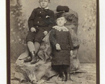 19th Century Twin Children - Vintage Cabinet Card Photo by Jm Arnout - Troy, Ny