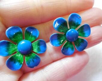 Enamel Flower Power Daisy Clip On Earrings