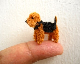 Welsh Terrier - Tiny Crochet Miniature Dog Stuffed Animals - Made To Order
