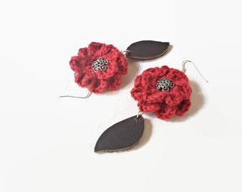 Red crochet flowers earrings, dangle crochet earrings, cotton, silver and leather earrings,