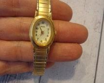 Ladies Vintage Pulsar Watch w/ Matte Gold Tone Speidel Stretch Band, New Battery