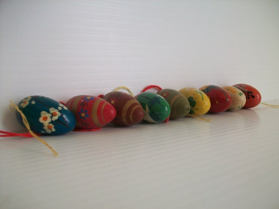 9 vintage wooden eggs for easter crafts vintage hand painted for Wooden eggs for crafts