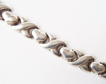 Bracelet Sterling Silver Hearts and Kisses Design Hinged Links w/ Box Clasp & Safety Catch Vintage Signed 925 HAN THAI Length 7-1/2 inches