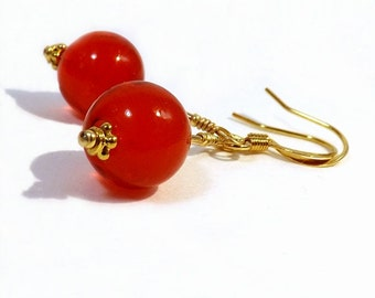 Red Glass Bead Earrings, 1 inch (2.5cm) Drops, Translucent Berry Red Murano 10mm Round Bead Dangles, Mini Earrings