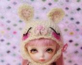 Sleepy Bunny (GREEN) --- (Lati Yellow)