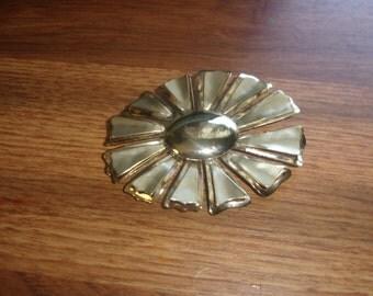 vintage pin brooch large goldtone flower