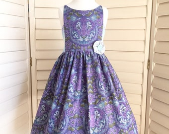 Applewood Dress -- Size 12 -- Knee Length