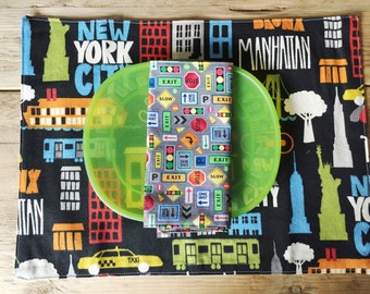 Set of kid's size Placemat and Napkin  -  traffic signals napkin and New York Placemat