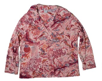 40% Off Sale XS | JC Penny 1970's Women's Pink Polyester Blouse w' Collar and Flamingo Bird Print