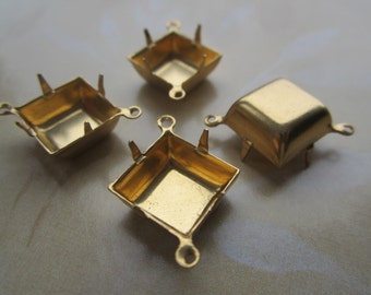 Raw Brass 4 Prong 12x12mm Settings With 2 Loops 4Pcs.
