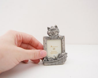 Vintage cat frame, small pewter kitty picture frame