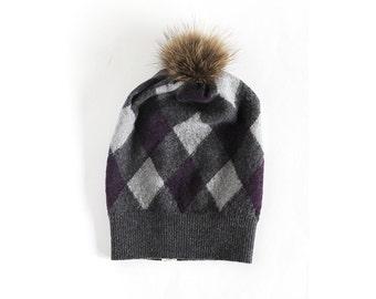 bonnet de laine et fourrure réutilisé - reused wool and fur hat - toddler hat - tuque de laine - baby or kid hat - knit hat