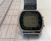 Vintage Rarer Early 1980 HTF Casio LCD Chronograph Model 1979 56QS-38