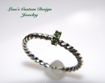 Green diamond twisted sterling silver stackable ring