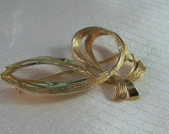 1960's Karbra NY 14kt Yellow Gold Ribbon Brooch