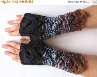 Fingerless Gloves Mittens wrist warmers Blue Azure Brown Beige