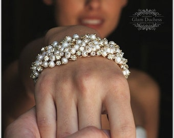 Bridal bracelet, Wedding jewelry,bridal jewelry, Pearl cluster bracelet, bridesmaid bracelet, gold plated bracelet, crystal bracelet