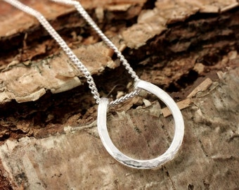 Pure silver horseshoe necklace - small hammered horseshoe necklace - lucky necklace