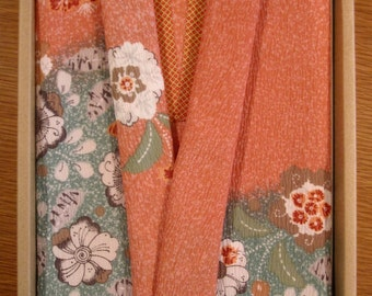 New Vintage Japanese Furoshiki / Fukusa Gift Set - Peach / Seafoam Green Floral Rayon Blend.