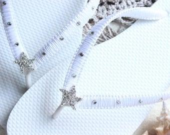 White bridal flip flops, white wedding flip flops, white sandals, white slippers, beach wedding sandals white bridal shoes, bride slippers