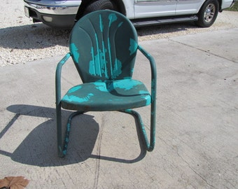 Metal Lawn Chair Vintage 110215  AS IS