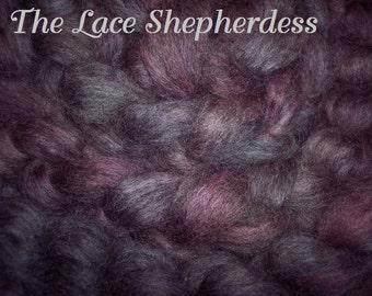 Hand dyed  Coopworth wool. Pin draft roving. Heathered Twilight