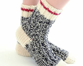 Work Socks - Sock Monkey colors - easy knitting pattern in PDF - instant download