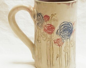 ceramic red and blue flower coffee mug 16oz stoneware 16A061