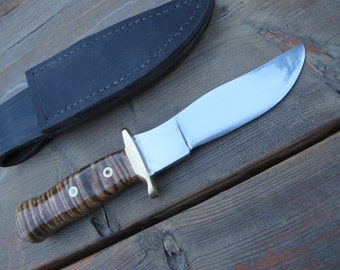 Fine Hand Made In The USA Skinning , Hunting, Fishing Knife 52100 Steel Blade, Tiger Stripe Maple Handle With Handmade Leather Sheath