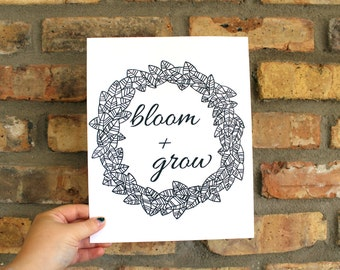 Bloom and Grow Floral Wreath Print Leaves