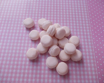 30,vanilla macarons, scale 1.12