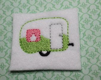 Camper feltie, Lt green and pink travel camper feltie, summer camper felt stitchie, 4 pieces for hair accessories, scrap booking or crafts