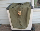 Duffel Bag from the Military / Canvas Duffel Bag Olive Drab / 1945 Military Duffel Bag