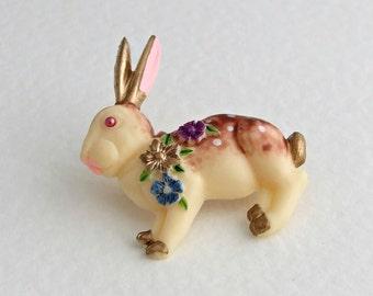 Rabbit Brooch .. bunny brooch, vintage style brooch, rabbit jewellery, animal brooch, kitsch brooch, accessories, wildlife, Easter brooch