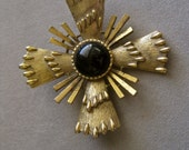 Maltese Cross Brooch STATEMENT Large Oversized Gold Black Stone BEAUTIFUL DETAIL Medieval Renaissance Costume King Queen Knight Princess