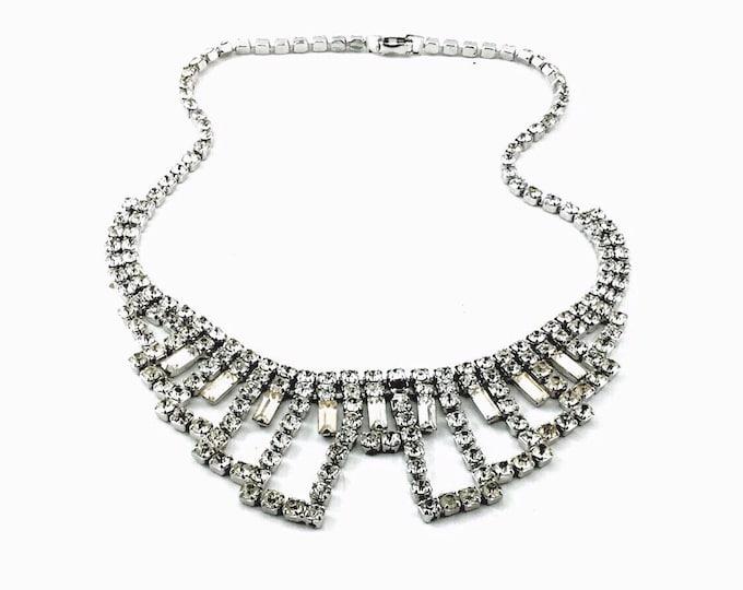 Glamorous Vintage Rhinestone Necklace, Sparkly Crystal Bib Necklace. Hollywood Glam Necklace. Vintage Clear Rhinestone Wedding Necklace.