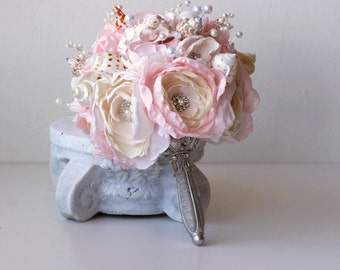 Seashell Bouquet. Light pink and silver seashell wedding bouquet.  Beach wedding bouquet. Brooch wedding Bouquet
