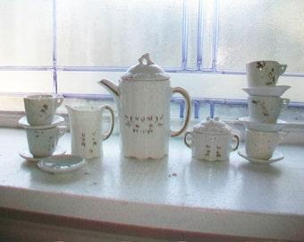 Antique Child's Toy Dishes 16 Piece Set