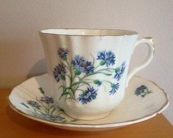 Vintage Argyle Cornflowers Tea cup & saucer - gold scalloped trim