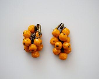 Vintage Orange Clip On Earrings - Orange Cluster Beaded Jewelry Findings - Dangle Clip On Earrings
