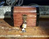 Mini Zelda Treasure chest (music box add on avalible)