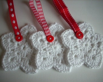 Crochet Christmas star ornaments Set of 3 white with red